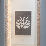 """""""郑国谷:回路寻真""""展览现场,镜花园,2017年。 图片:维他命文献库"""