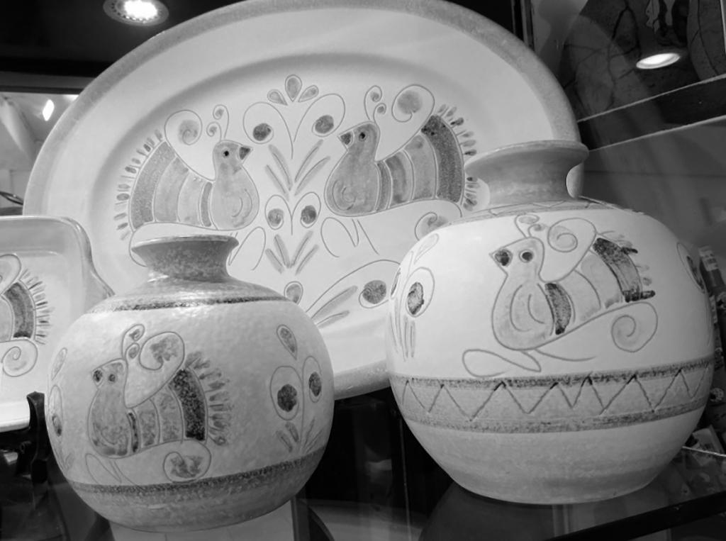 撒丁岛陶器